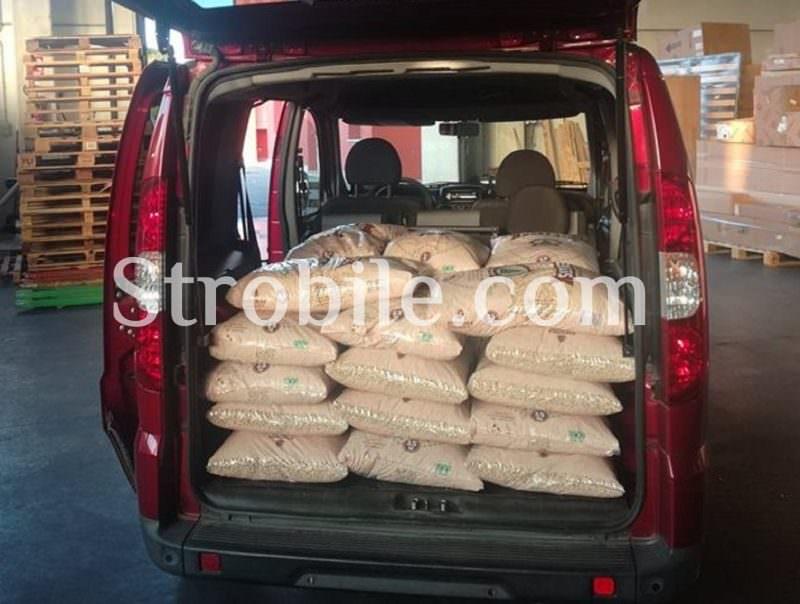 È conveniente prendere il prodotto direttamente dal magazzino anche con le macchine di piccole dimensioni.